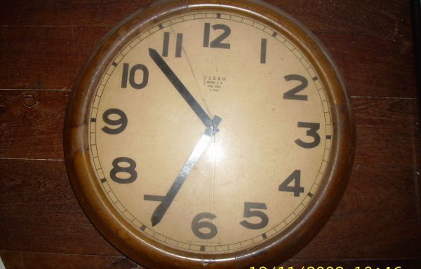 OBJETO Nº: 036 Reloj